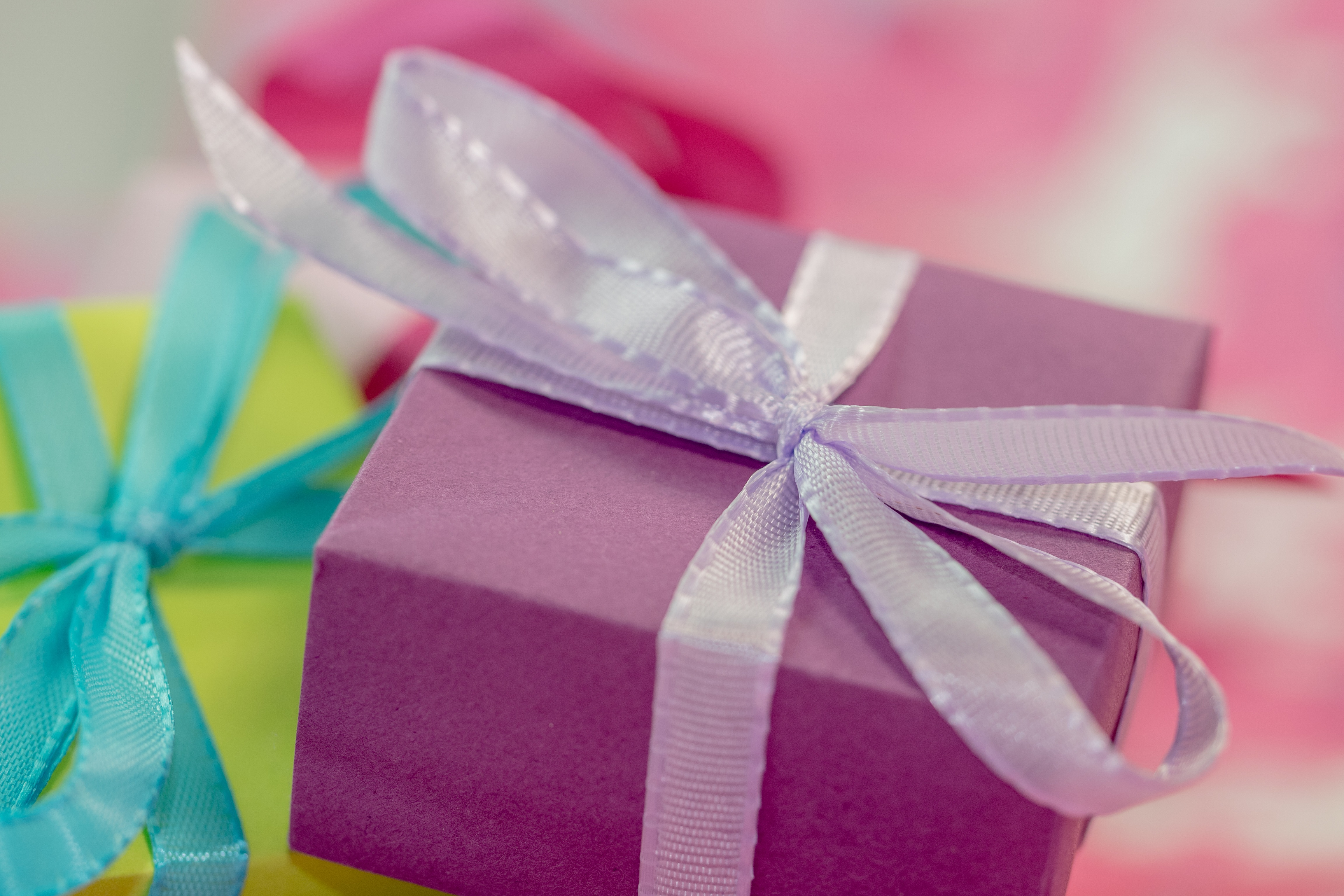 UK Trivial Benefits Law Makes Giving Gifts To Employees Easier